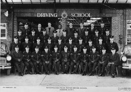 Dad at the Hendon Police Driving School 1962, Dad 3rd row, 4th from the right