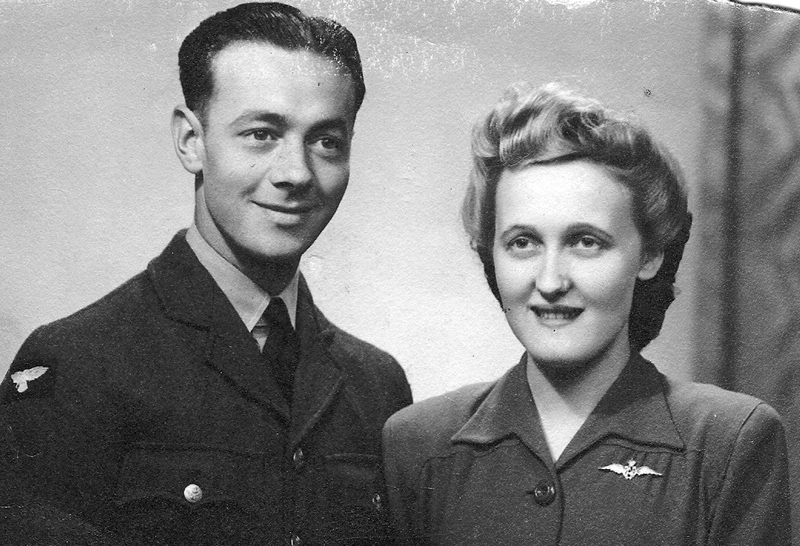 Bob and Jennie Routledge in 1943