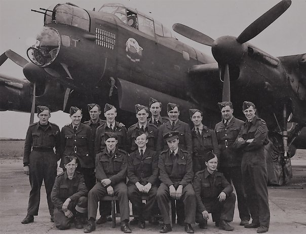 Bill Young's crew pose with the ground crew in from of KM-T Tommy. This photo was apparently taken on the 4th July 1944. By the following morning four of the crew would be dead, and two more on the run in France.