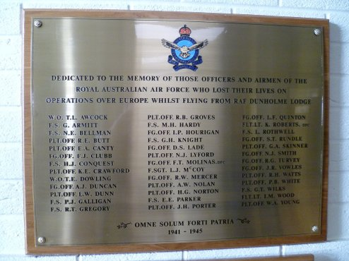RAAF Memorial plaque at William Farr School, Welton (c. Brian Riley)