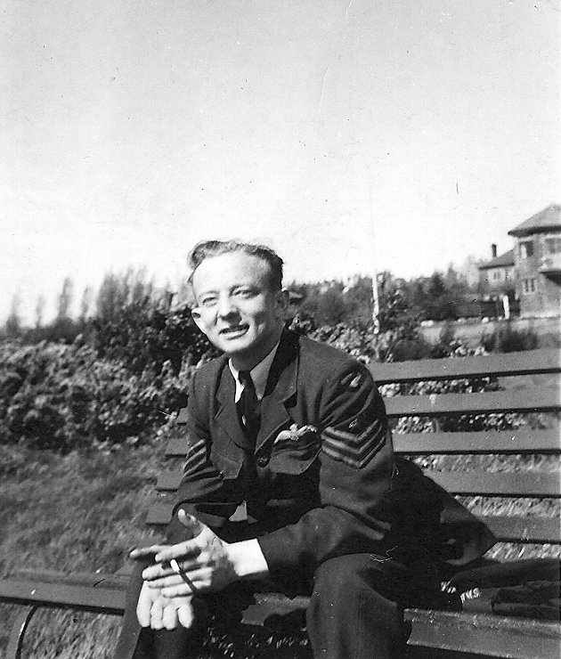 Flight Sergeant Bill Young, pictured at RAF Dunholme Lodge in 1944. Bill was promoted to Pilot Officer in May 1944 - Note the difference from the carefree young man that signed up in 1941 at the top of the page
